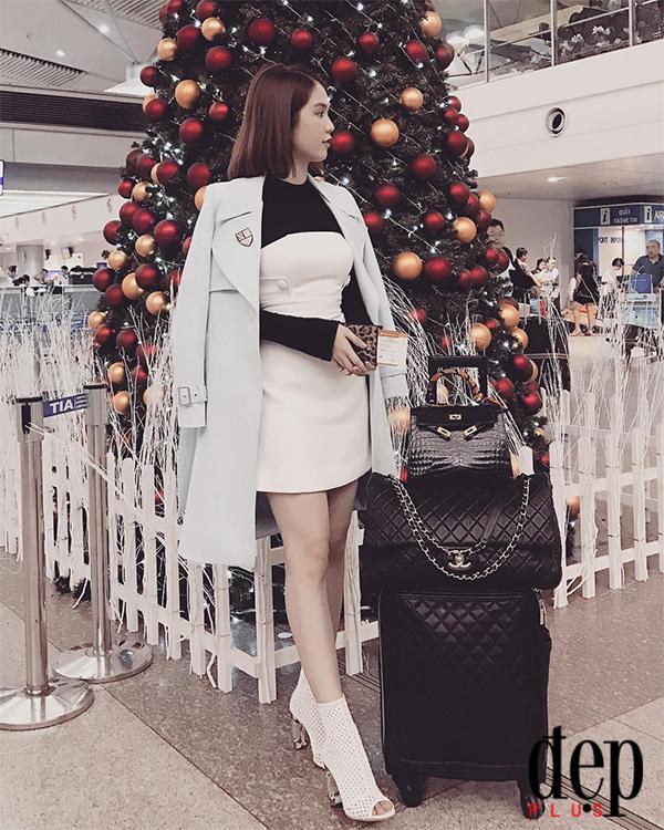 Ngọc Trinh mở hàng đầu năm bằng ảnh khoe BST túi Hermès hàng chục tỷ đồng