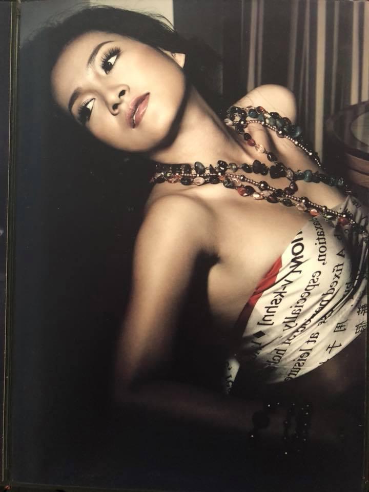 Vợ Bình Minh tung bộ ảnh khoe nhan sắc nóng bỏng thời thanh xuân sau sóng gió gia đình