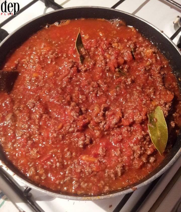 Hướng dẫn làm sốt Bolognese cực ngon, cực chuẩn trữ sẵn cho mọi món mỳ Ý