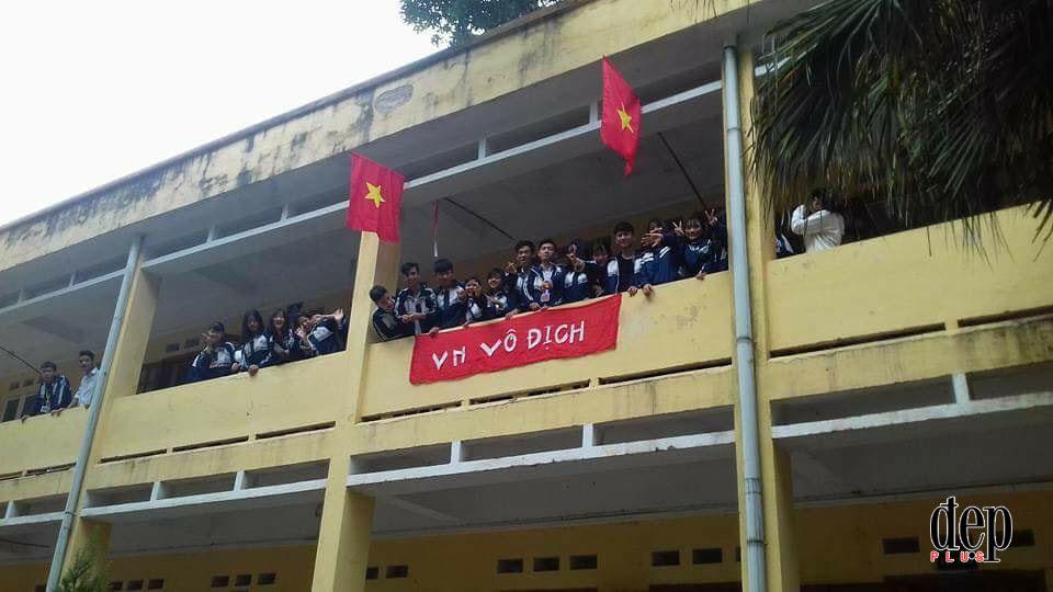 Không khí cả nước đang nóng hừng hực trước trận bán kết lịch sử của U23 Việt Nam với Qatar