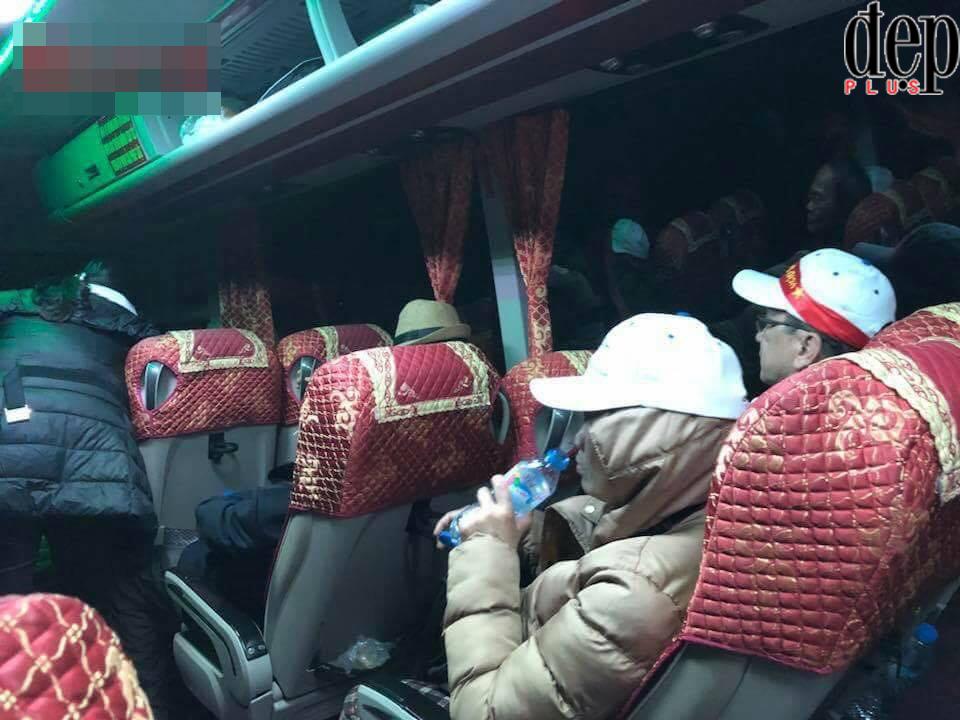 Đi Trung Quốc cổ vũ U23 Việt Nam, hàng chục khách du lịch bị lừa đảo