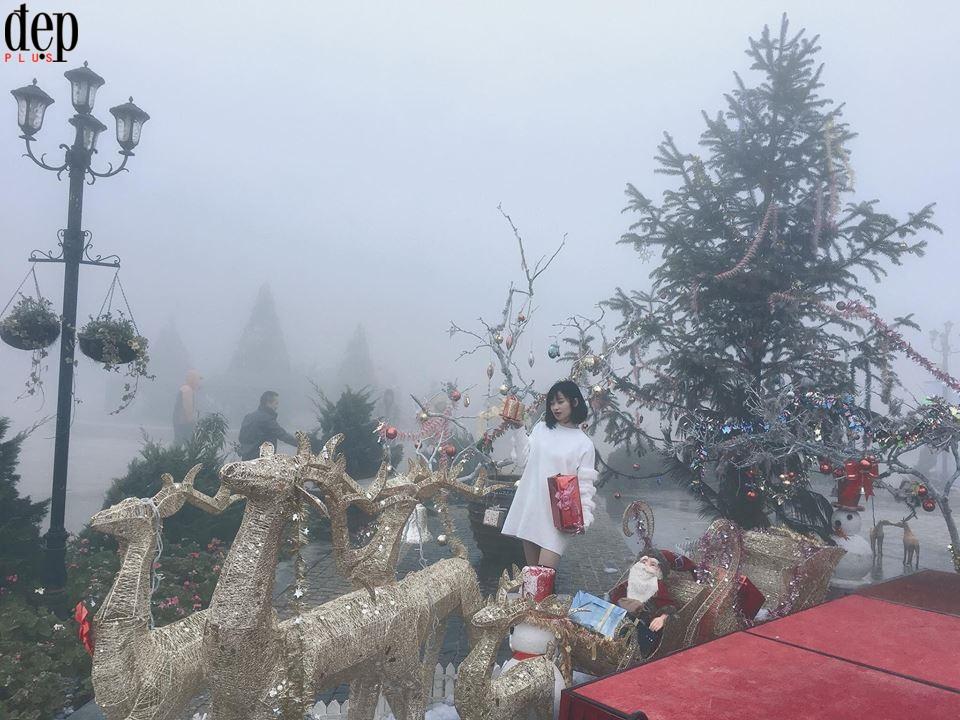 Chùm ảnh: Sương mù mờ ảo bao trùm Sa Pa như trời Âu những ngày đầu năm 2018