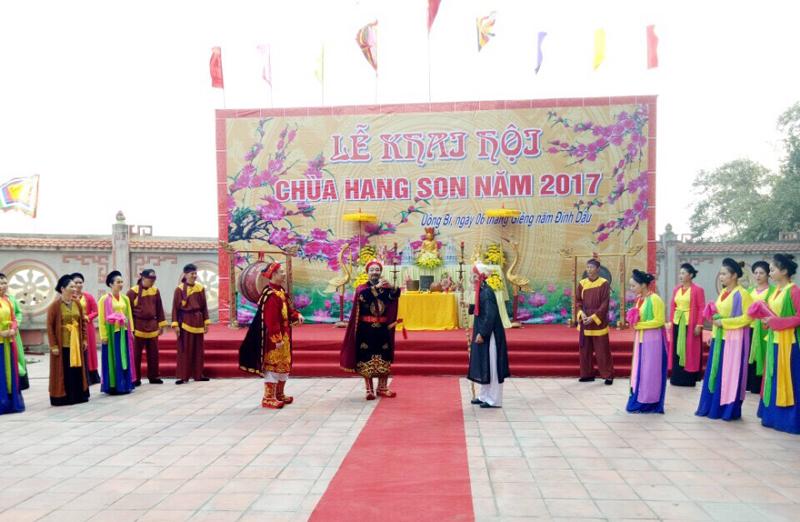 Tràn ngập lễ hội cả năm, thành phố Uông Bí (Quảng Ninh) xứng đáng là điểm đến du lịch hàng đầu của bạn trong năm mới