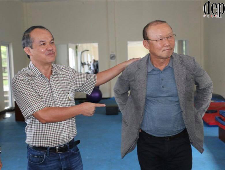 Hòa chung niềm vui với U23, MC Nguyên Khang viết tâm thư cảm ơn ông bầu HAGL Đoàn Nguyên Đức