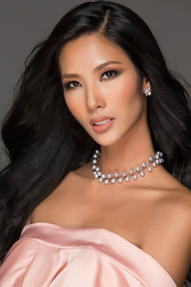 Bị chê quá gầy, mặt hốc hác, Hoàng Thùy lại bất ngờ thắng giải Gương mặt đẹp nhất Hoa hậu Hoàn vũ VN 2017