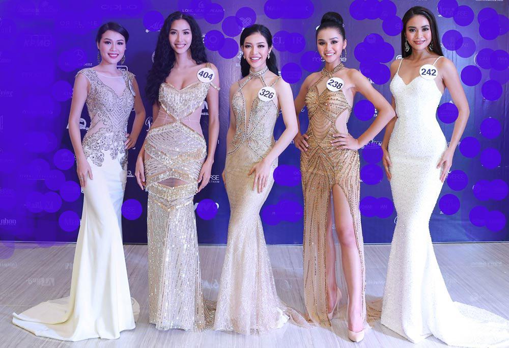 Phản ứng đàn chị của Mâu Thủy khi bị đối thủ Hoa hậu Hoàn vũ đá váy, tỏ thái độ