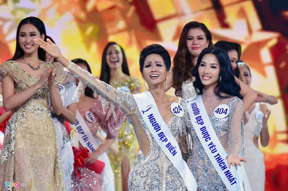 Những điều thú vị về tân Hoa hậu Hhen Niê: Mê xe phân khối lớn, từng suýt lấy chồng năm 14 tuổi