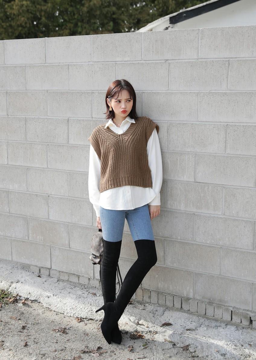 Sắm đủ 5 mẫu áo len này, các nàng sẽ chẳng còn lo mặc gì vừa xinh vừa ấm trong mùa đông năm nay - 19