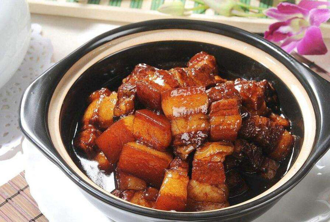 Bí quyết để có món thịt heo kho ngon ngây ngất, thơm ngậy, đậm đà nhờ thứ gia vị đặc biệt này - 4