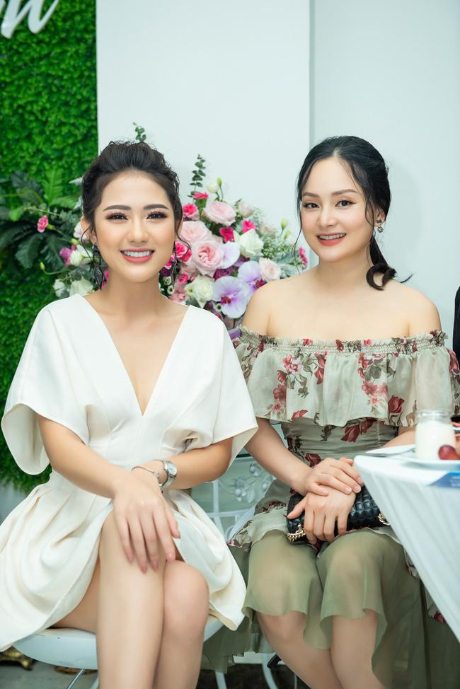 Lan Phương gợi cảm khoe vai trần, đọ sắc cùng 'tiểu tam' Trang Cherry - 5