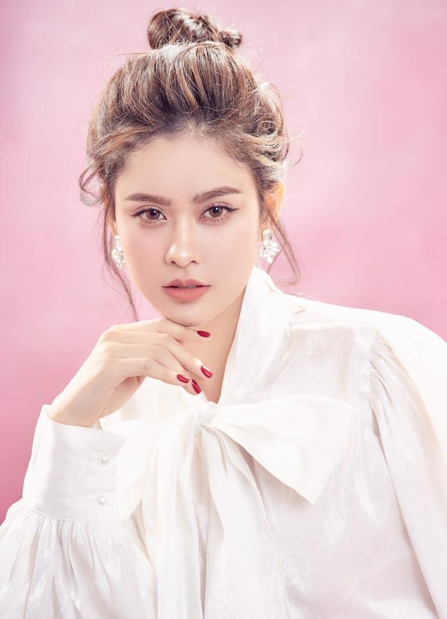 Trương Quỳnh Anh ngày càng xinh đẹp và trưởng thành hơn từ sau hôn nhân trục trặc - 2