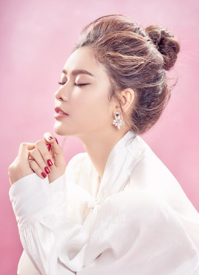Trương Quỳnh Anh ngày càng xinh đẹp và trưởng thành hơn từ sau hôn nhân trục trặc - 3