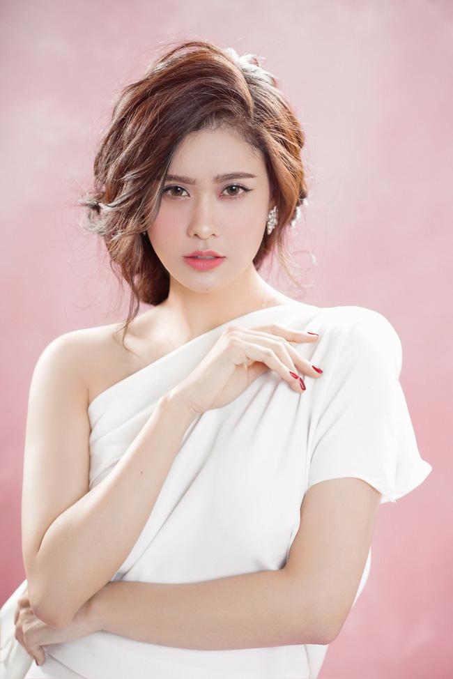 Trương Quỳnh Anh ngày càng xinh đẹp và trưởng thành hơn từ sau hôn nhân trục trặc - 7