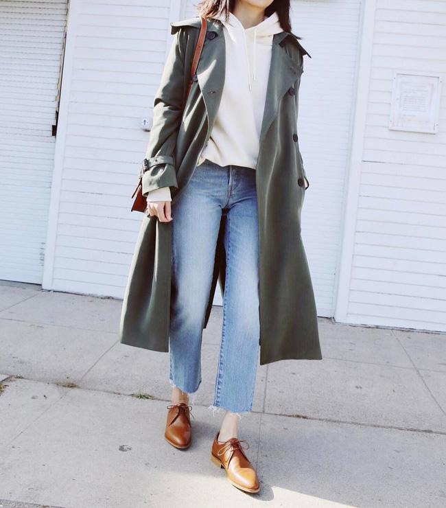 15 công thức diện áo trench coat đẹp miễn chê, xứng đáng để các nàng áp dụng suốt mùa đông này - 3