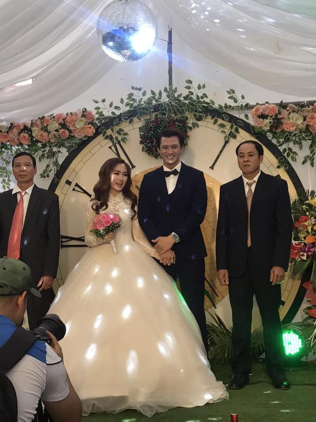 'Chồng hờ' của Phương Oanh 'Quỳnh búp bê' tổ chức đám cưới bí mật tại Hòa Bình - 1