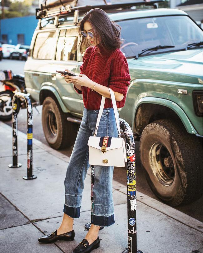 'Ngôi sao' của mùa đông chính là quần jeans và 15 set đồ sau sẽ giúp các nàng biến hóa tài tình với item này