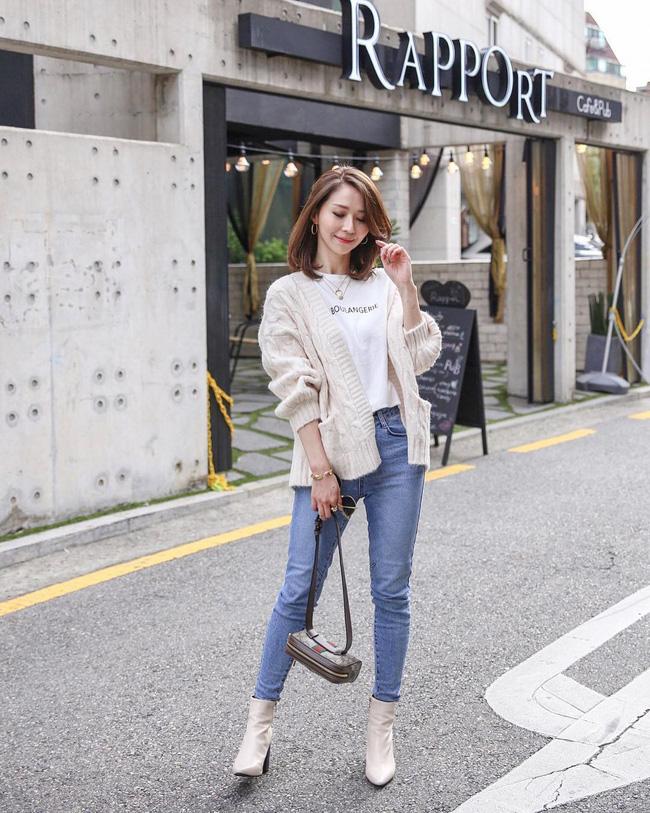 'Ngôi sao' của mùa đông chính là quần jeans và 15 set đồ sau sẽ giúp các nàng biến hóa tài tình với item này - 9