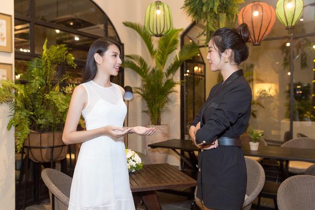Cuộc gặp hiếm có của các đại diện Việt thi Hoa hậu Quốc tế: Nguyễn Thúc Thùy Tiên đẹp dịu dàng bên đàn chị - 5