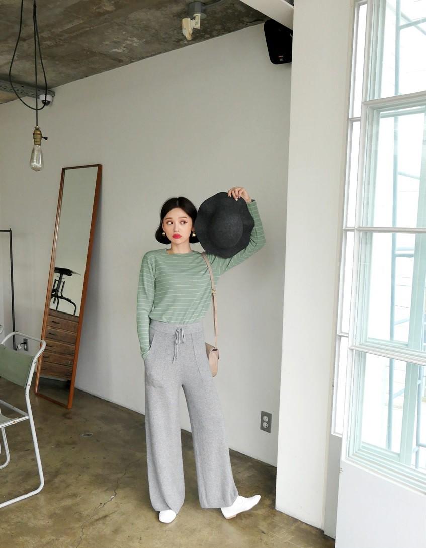Diện lên vừa 'tây' lại thoải mái tuyệt đối, quần len chính là item mà các nàng cần sắm ngay cho tủ đồ mùa lạnh - 5