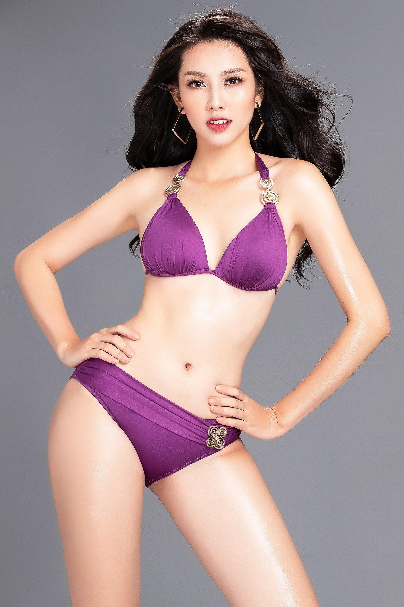Ngắm đường cong nóng bỏng của đại diện Việt Nam thi Hoa hậu Quốc tế 2018