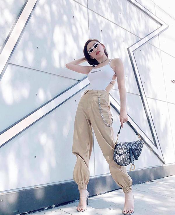 Tóc Tiên mix trang phục tôn vẻ đẹp hình thể