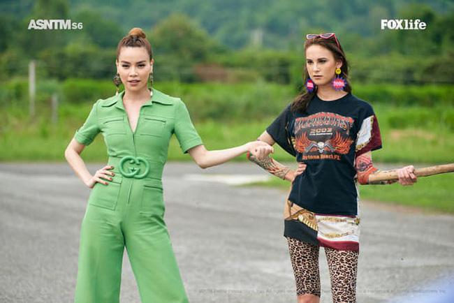 Hồ Ngọc Hà diện set đồ 130 triệu, 'chiếm sóng' màn thử thách các thí sinh tại Asia's Next Top Model - 2