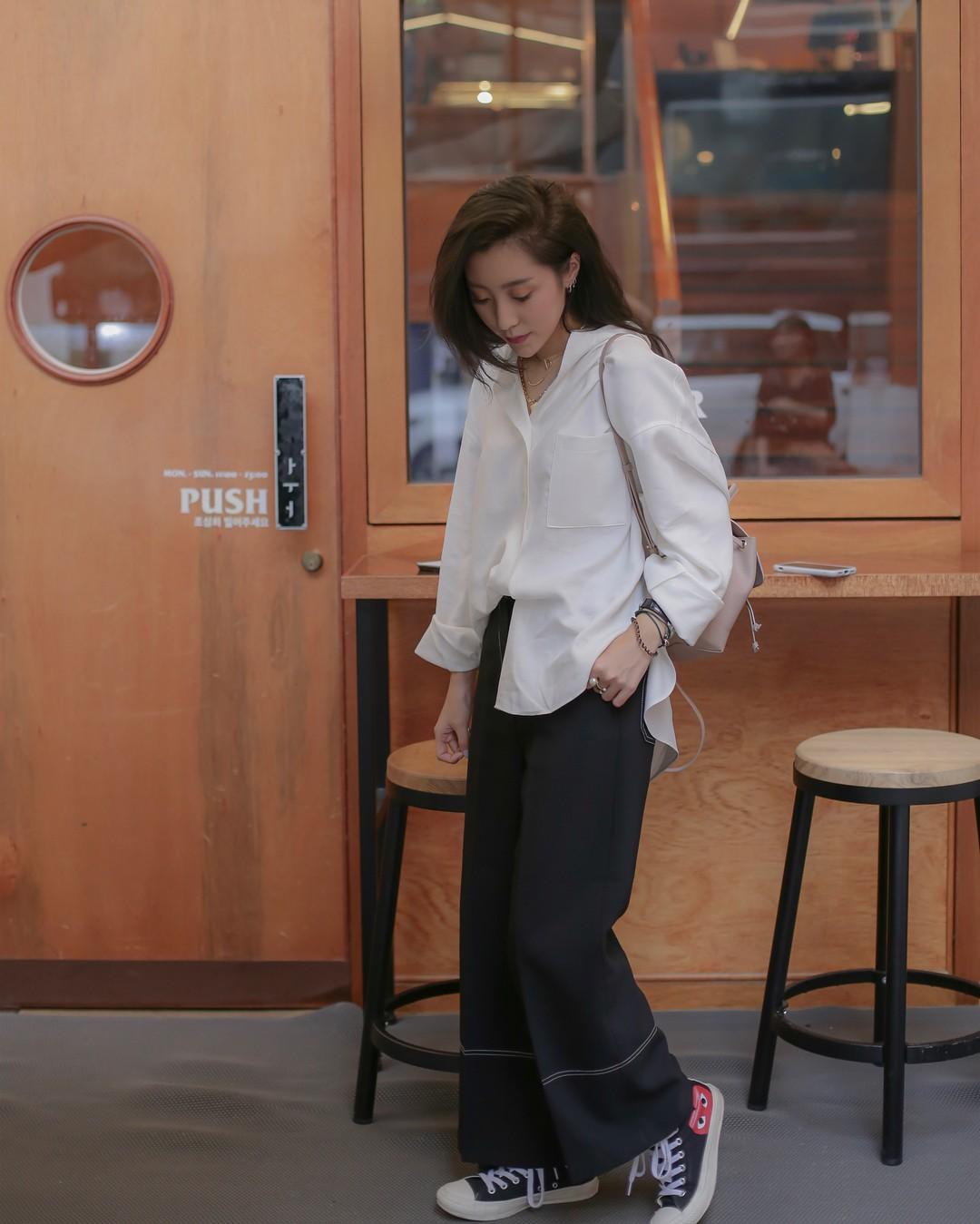 Vóc dáng thấp bé thì có sao, cô nàng này sẽ chỉ cho bạn cách mặc đẹp để được nhiều người ngưỡng mộ