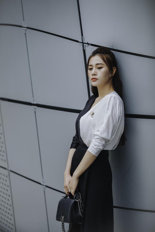 Phương Oanh 'Quỳnh búp bê' khoe style cá tính ở Hàn Quốc - 3