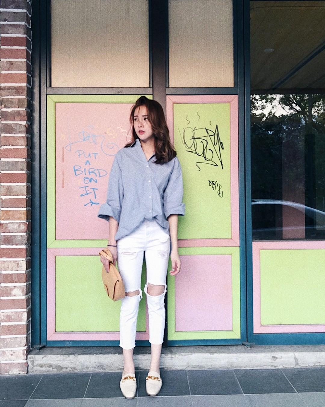 Có một kiểu quần mà các nàng cứ diện lên sẽ trẻ trung và nữ tính hơn bội phần, đó chính là quần jeans trắng - 10