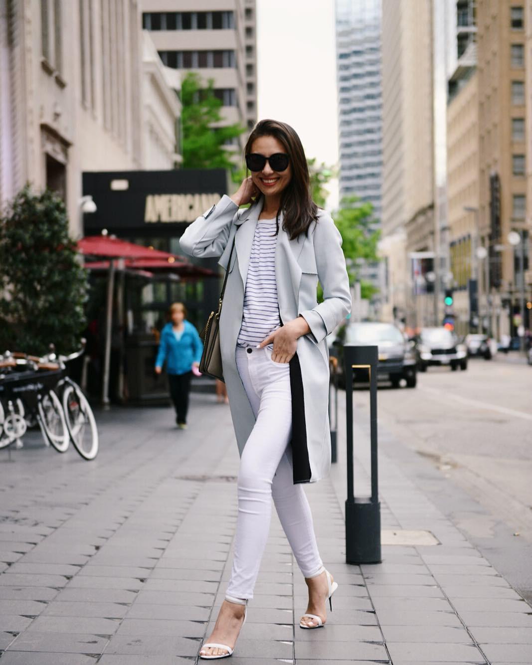 Có một kiểu quần mà các nàng cứ diện lên sẽ trẻ trung và nữ tính hơn bội phần, đó chính là quần jeans trắng - 12