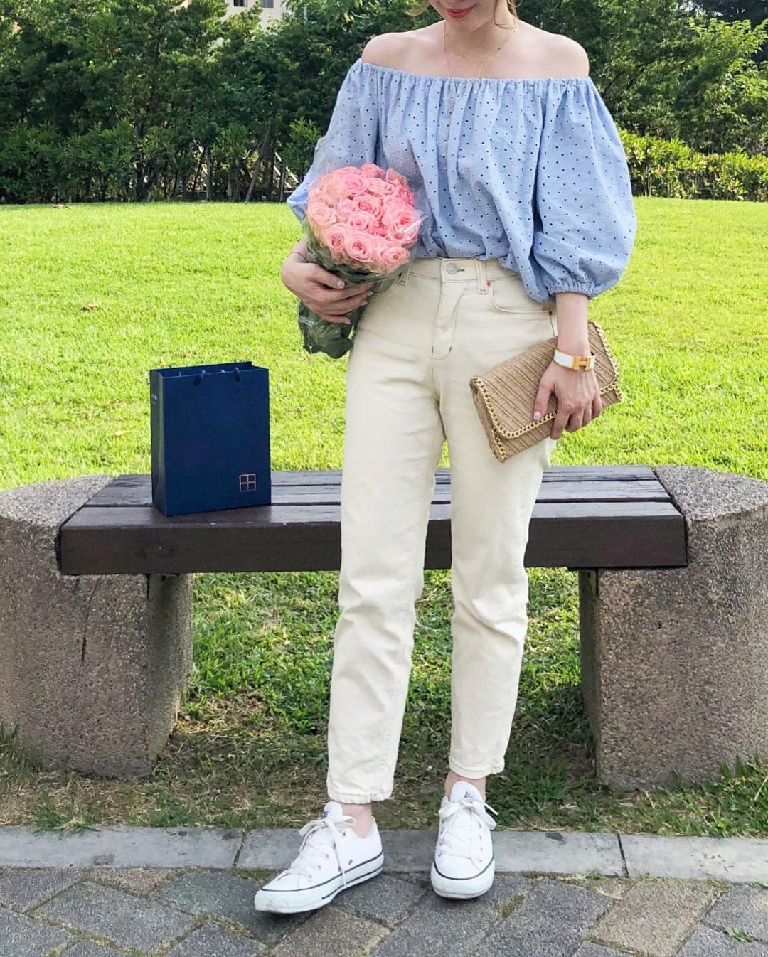 Có một kiểu quần mà các nàng cứ diện lên sẽ trẻ trung và nữ tính hơn bội phần, đó chính là quần jeans trắng - 4