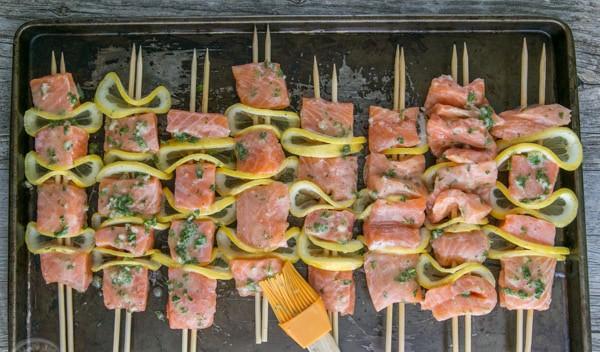 Cuối tuần đãi cả nhà món cá hồi xiên nướng vừa thơm ngon vừa bổ dưỡng - 3