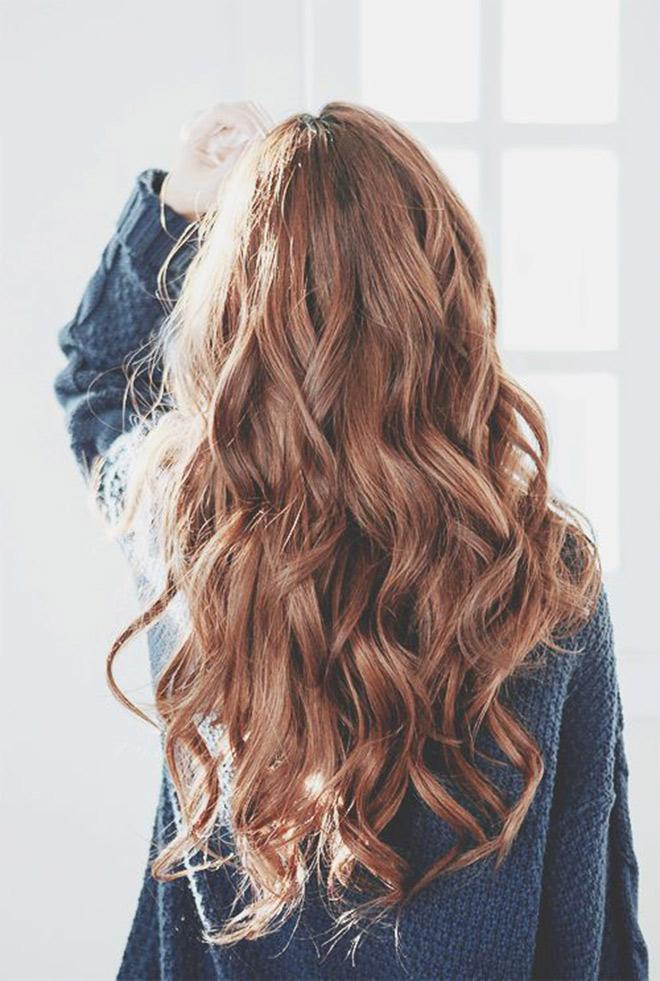 Dùng dầu dừa dưỡng tóc là đủ, cần gì phải mua những sản phẩm đắt tiền