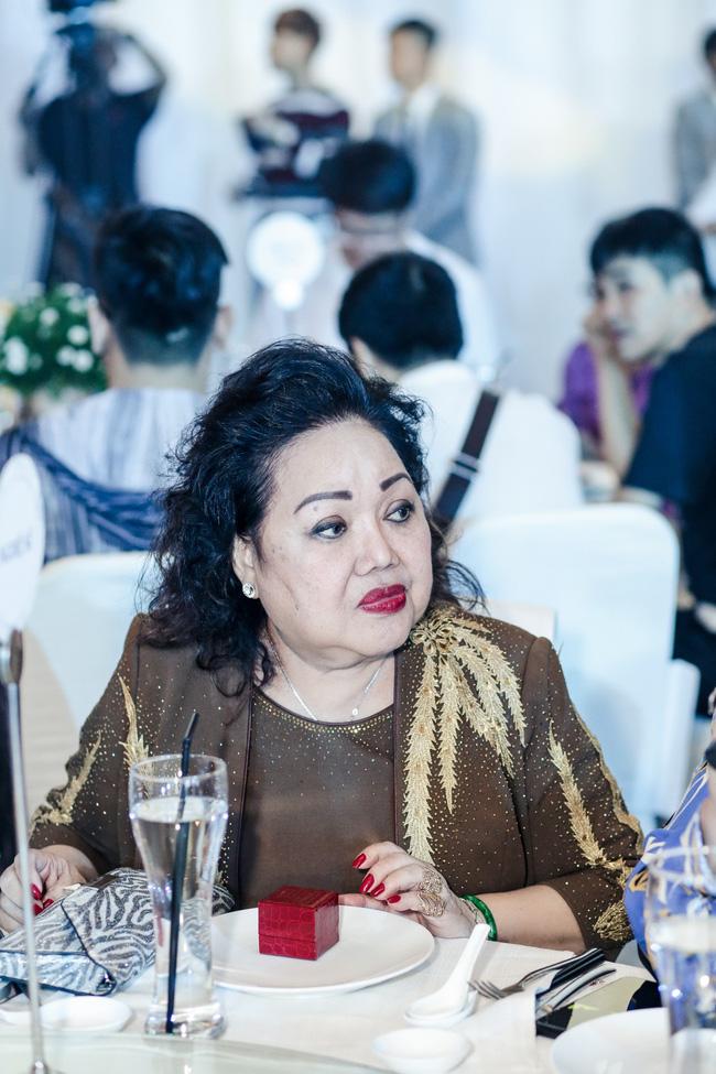 Đàm Vĩnh Hưng tổ chức sinh nhật to như đám cưới, Trấn Thành - Hari Won - Lệ Quyên và dàn sao 'khủng' đều tham dự - 17