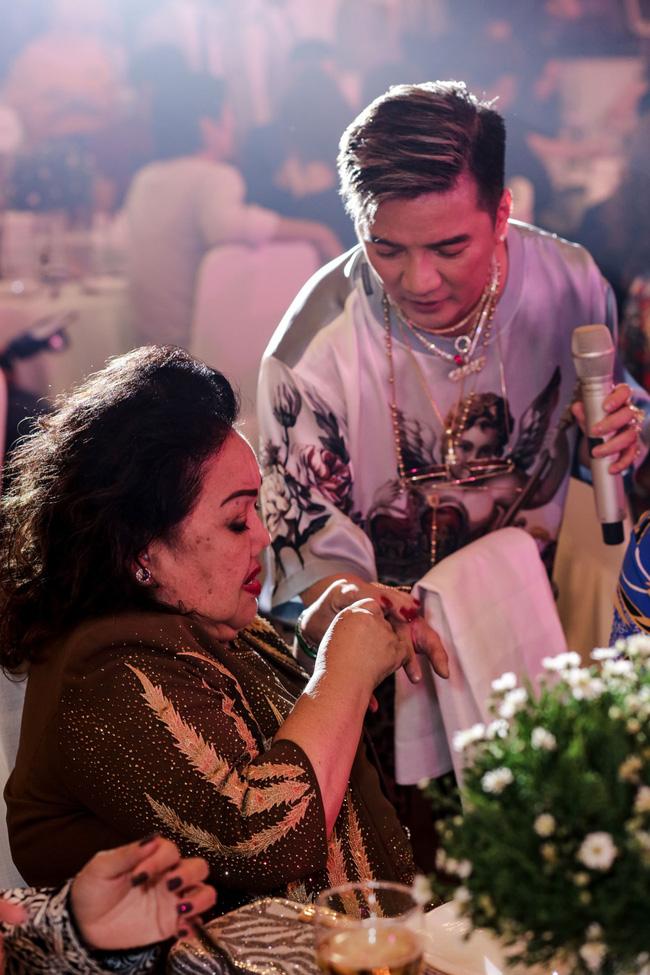 Đàm Vĩnh Hưng tổ chức sinh nhật to như đám cưới, Trấn Thành - Hari Won - Lệ Quyên và dàn sao 'khủng' đều tham dự - 22