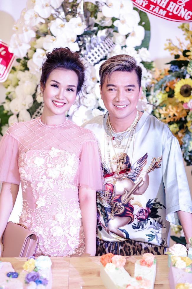 Đàm Vĩnh Hưng tổ chức sinh nhật to như đám cưới, Trấn Thành - Hari Won - Lệ Quyên và dàn sao 'khủng' đều tham dự - 27