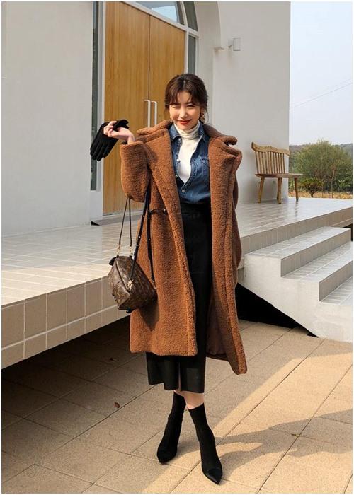 Công thức mặc đẹp 'huyền thoại' của công sở khi trời se lạnh - 6