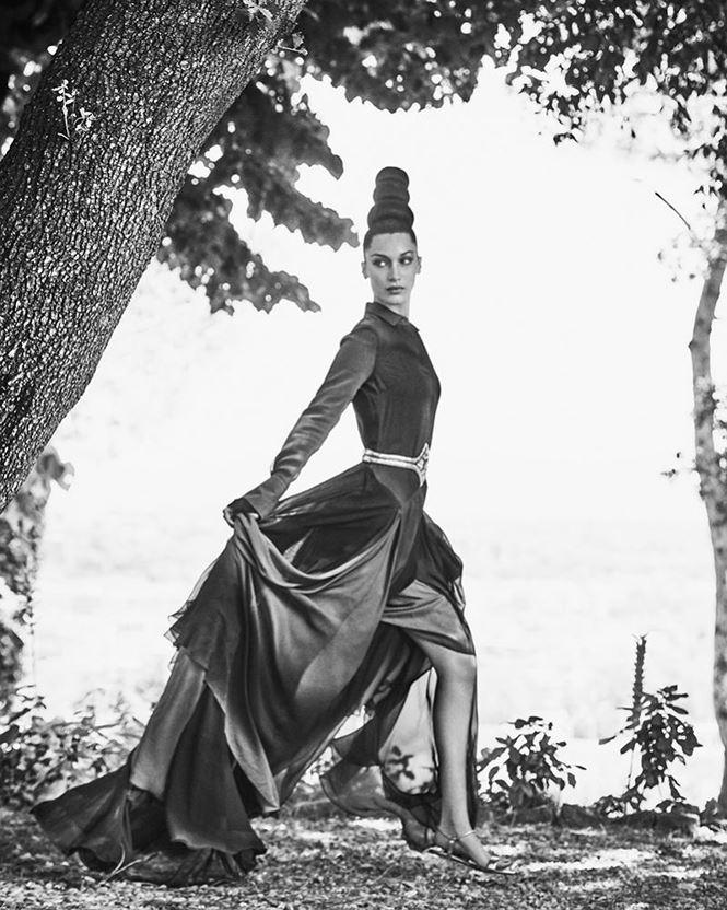 Mê đắm dáng thon quyến rũ hút hồn của 'chân dài' Bella Hadid - 5
