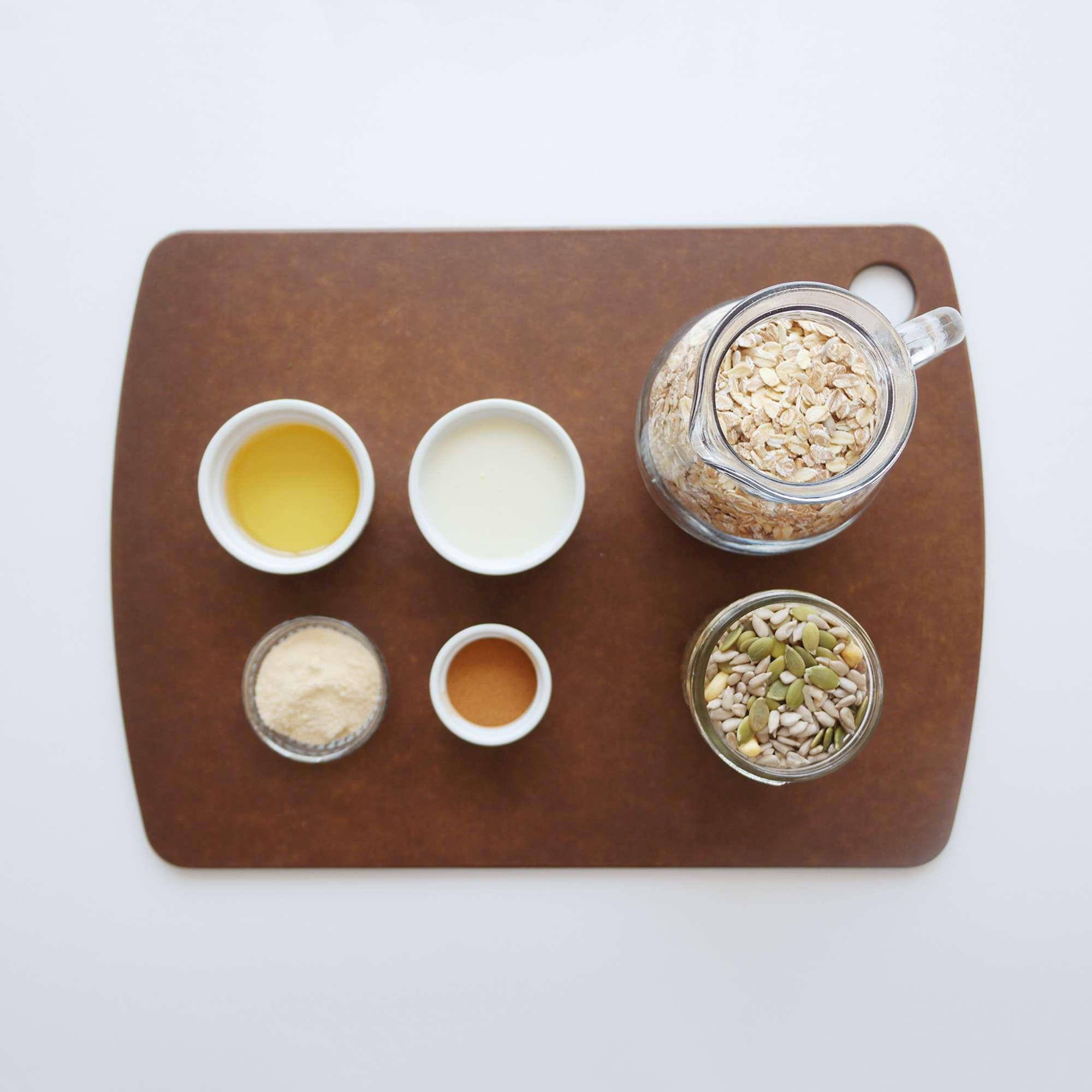 Cuối tuần rảnh làm ngay thanh ngũ cốc để ăn dần trong cả tuần cực tiện