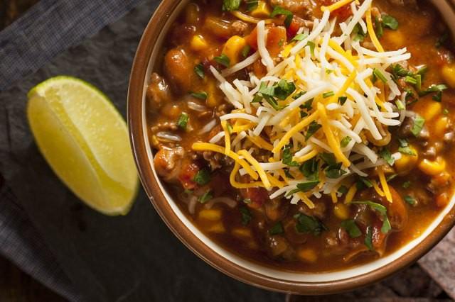 Món ăn mặn hay nhạt còn dễ chữa, nếu lỡ tay cho quá nhiều ớt cay thì chị em nên làm thế nào cho đúng?
