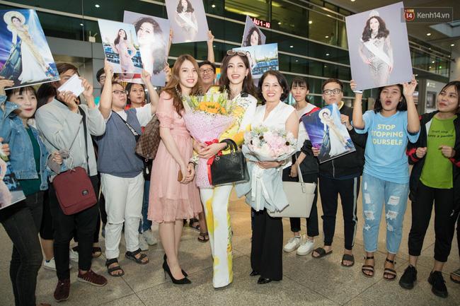 Hoa hậu Tiểu Vy ra tận sân bay đón Phương Nga trở về nước sau hành trình tại Miss Grand International 2018 - 10