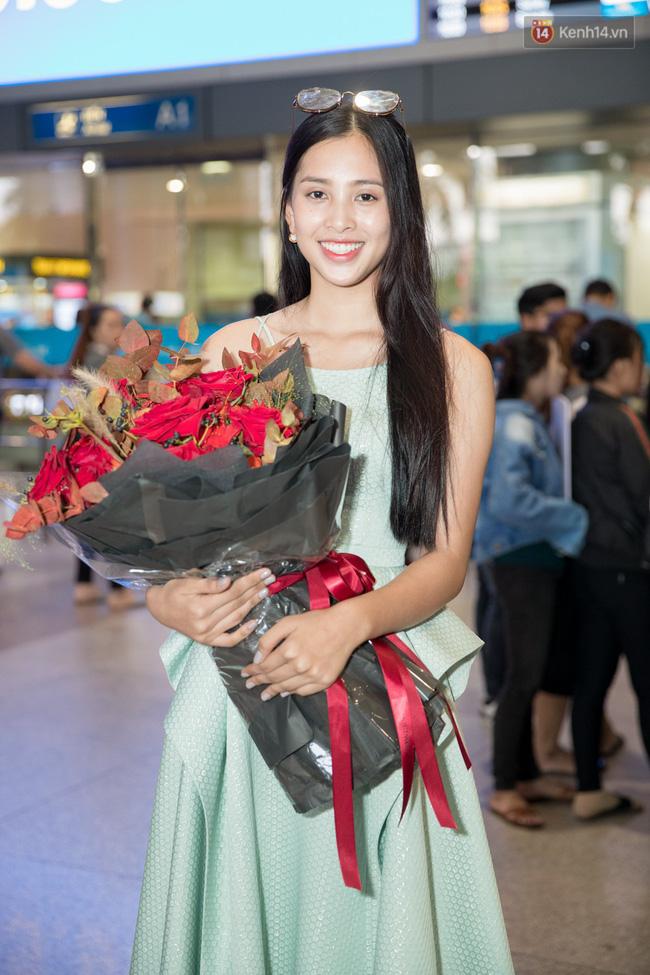 Hoa hậu Tiểu Vy ra tận sân bay đón Phương Nga trở về nước sau hành trình tại Miss Grand International 2018 - 7
