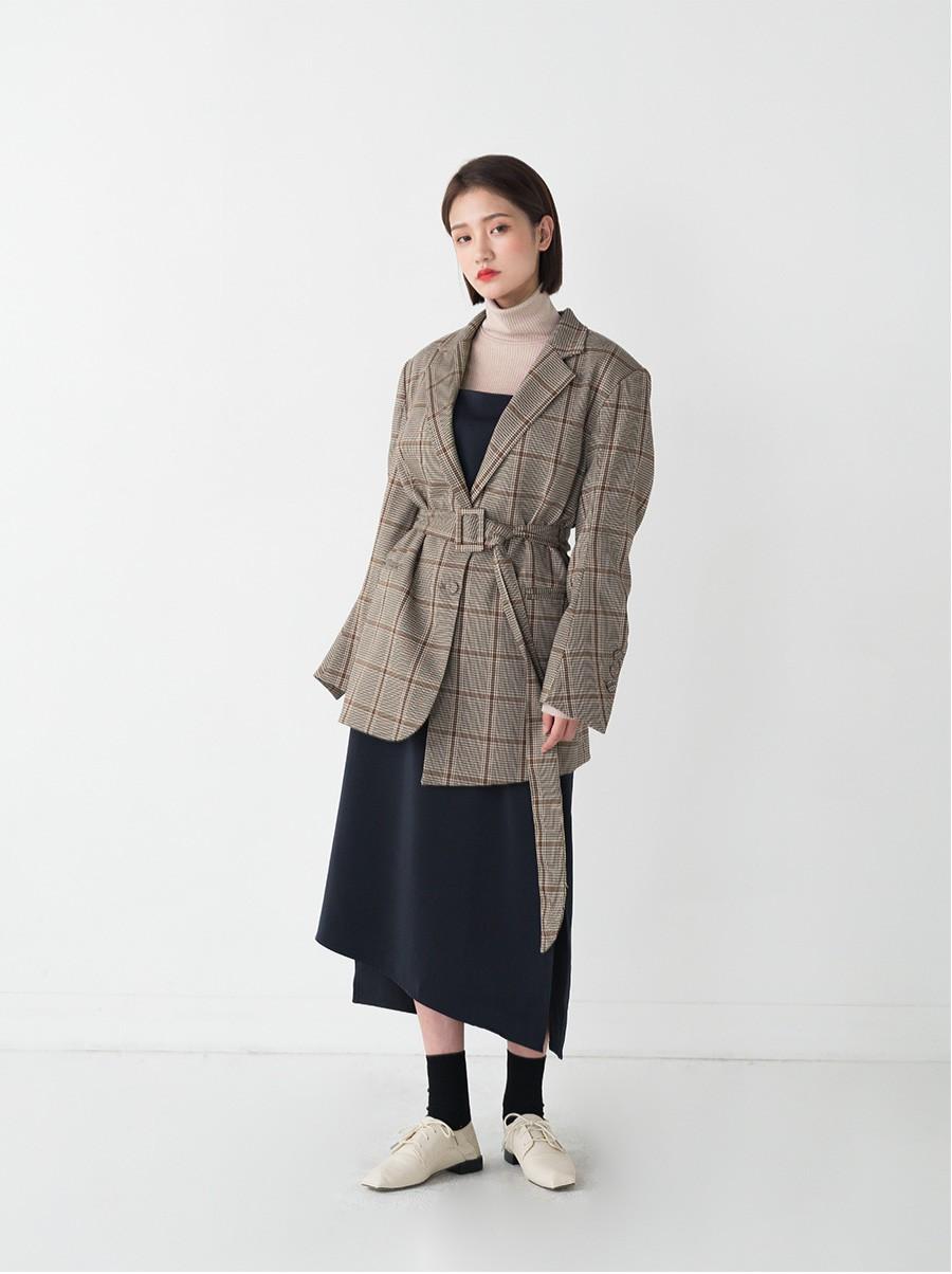 Diện mẫu blazer thắt eo này, nàng nào trông cũng sẽ thon gọn hơn và ra dáng chuẩn quý cô thanh lịch - 14