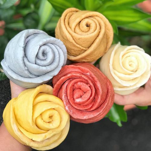 Mãn nhãn món bánh bao hoa hồng rực rỡ sắc màu - 1