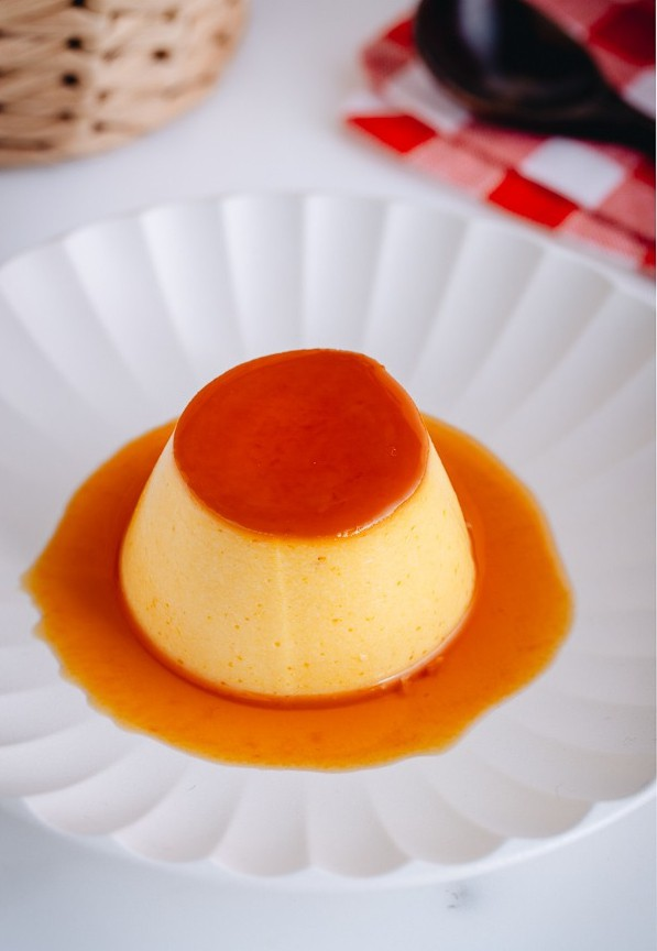 Công thức mới toanh nhờ thêm 1 nguyên liệu rẻ bèo này vào khi làm caramen: Hương vị sẽ thơm nức và ngon tuyệt vời