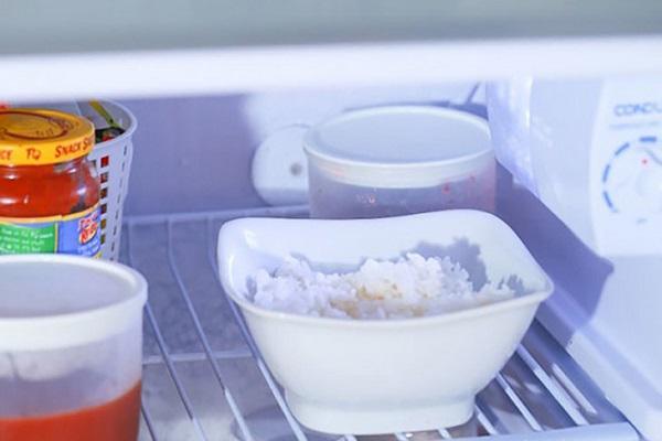 Thêm 1 thìa này vào khi nấu cơm, người khó giảm cân đến mấy cũng xuống cân vèo vèo - 3