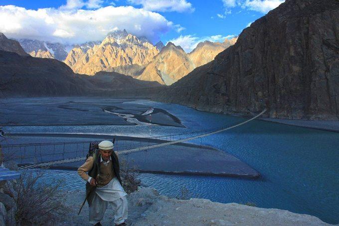 Bộ ảnh Pakistan mùa thu chạm tới trái tim của du khách Việt