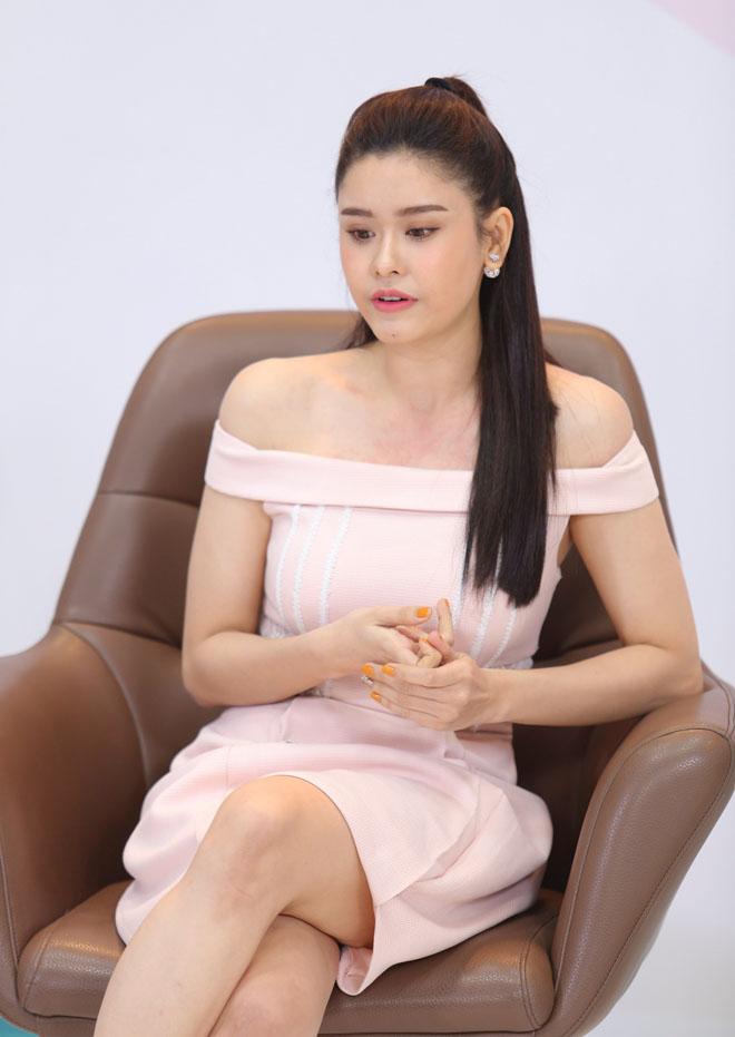 Trương Quỳnh Anh từng tủi thân, tự bỏ đói chính mình sau khi làm mẹ