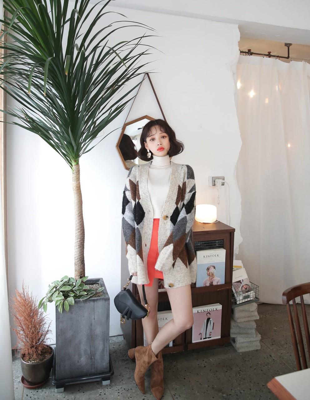 4 mẫu áo cardigan điệu nhất mùa lạnh mà nàng nào diện lên cũng dịu dàng, nữ tính hơn hẳn - 13