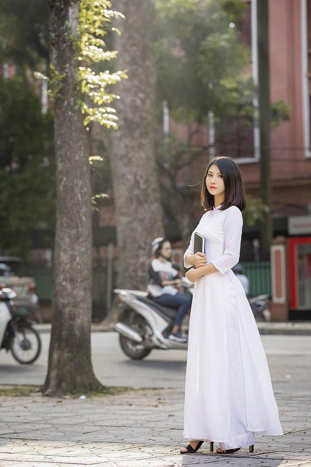 Nữ sinh Ninh Bình sở hữu nét đẹp sắc sảo hút hồn - 8